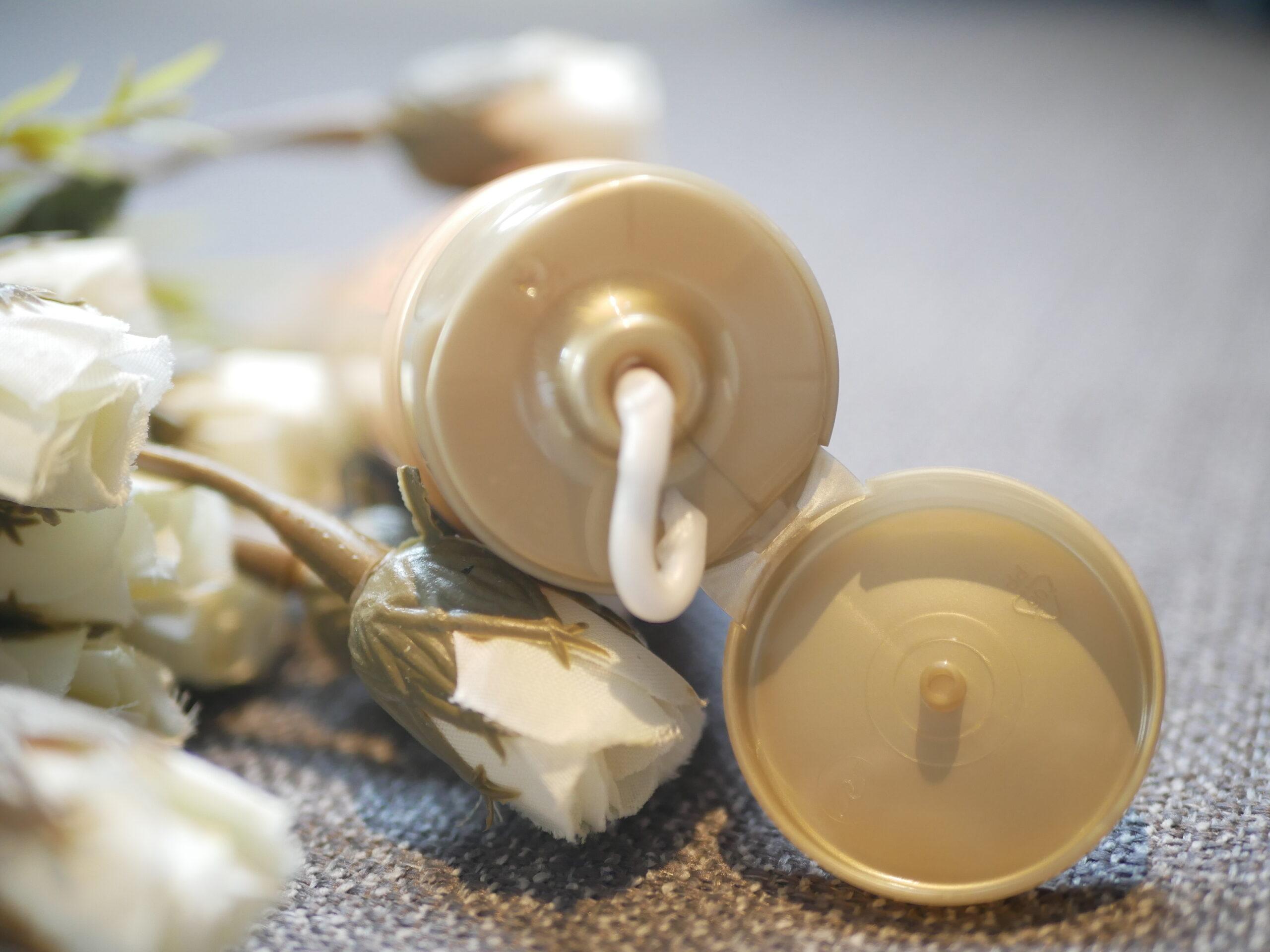 Nurish Organiq 24K Gold Foamy Cleanser